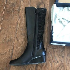 BRAND NEW COLE HAAN BLACK STRETCH BOOTS
